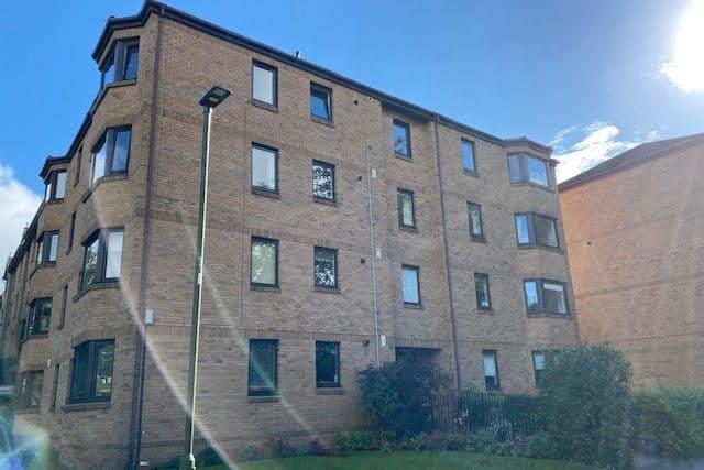 12/3 Craigend Park, Edinburgh, EH16 5XX